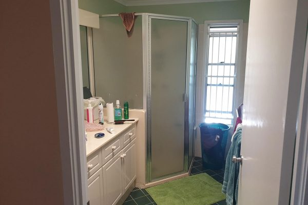 bathroom old-fresh-bathrooms-renovation